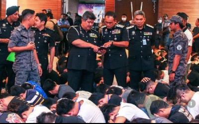 bac-kinh-noi-gi-ve-vu-malaysia-dot-kich-bat-tai-tran-680-cong-dan-trung-quoc