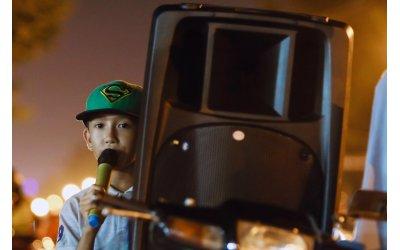 hat-karaoke-bang-loa-keo-khong-muon-nghe-nhung-nhac-nho-thi-so-au-da