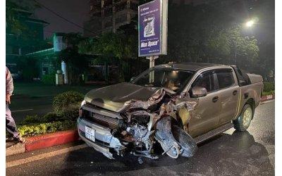 xe-ban-tai-tong-taxi-nu-hanh-khach-tu-vong
