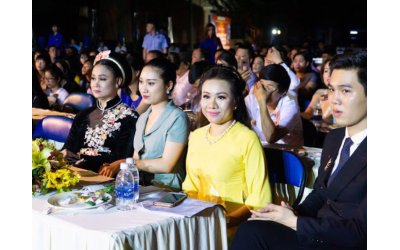 giam-doc-truyen-thong-le-pham-toi-muon-nhung-nguoi-kem-may-man-toa-sang-bang-chinh-tai-nang-cua-minh-con-vi-tri-cua-toi-o-dau-khong-con-quan-trong